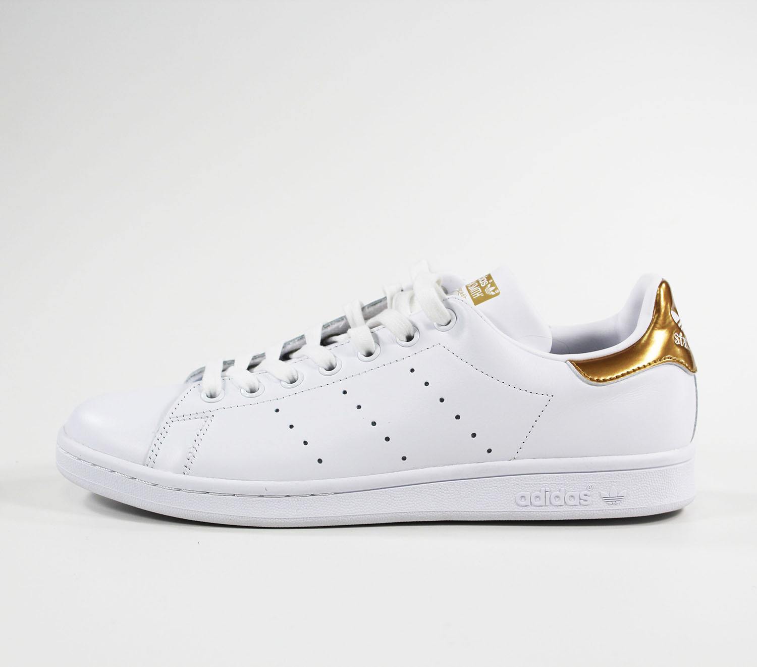 ADIDAS Stan Smith White Casual Sneakers
