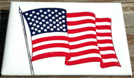 AMERICAN FLAG BUTTON - Large American Flag pinback button.  U.S. Flag bu... - $1.93