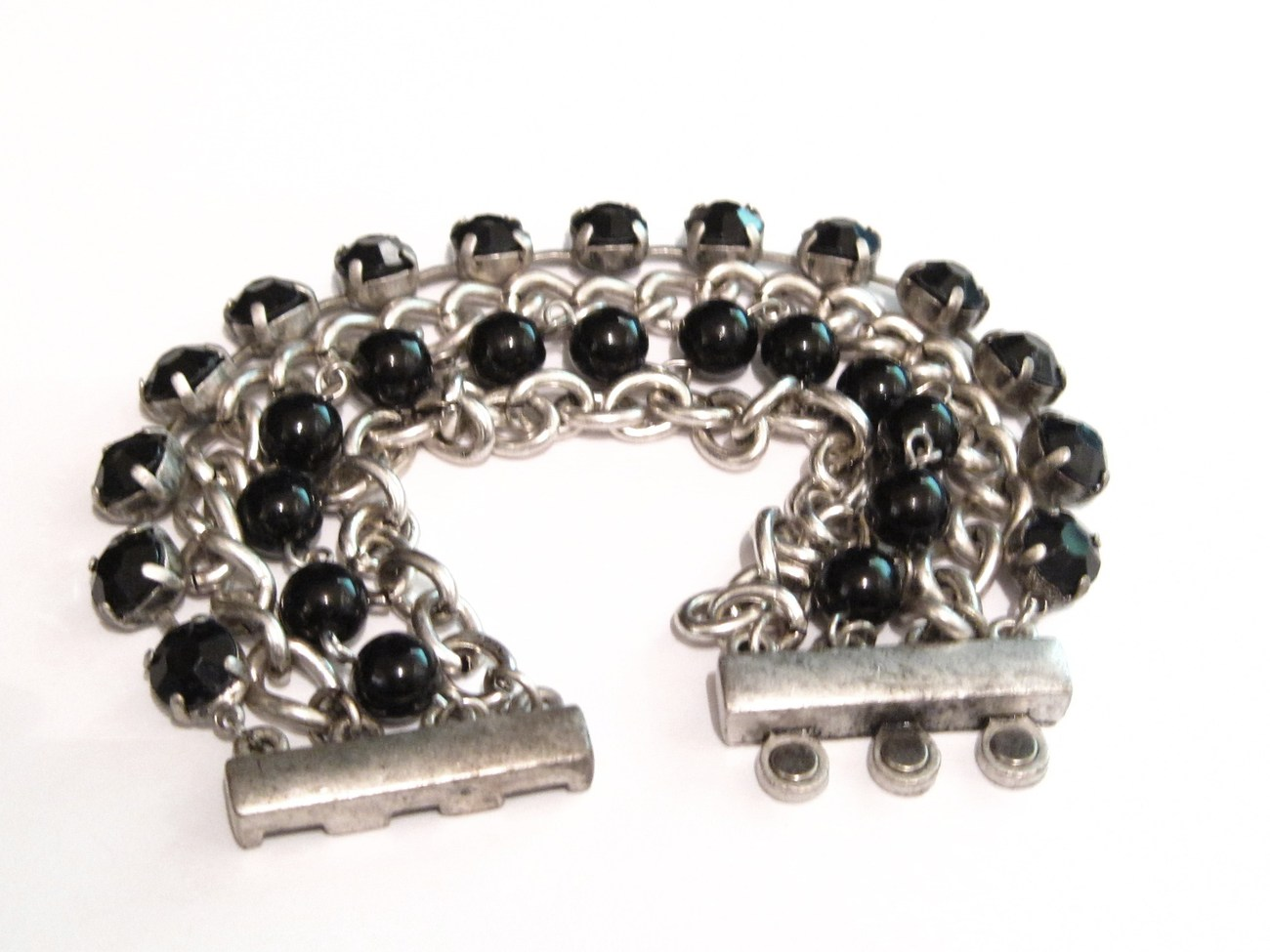 Wide Chains and Black Beads Magnetic Bracelet BR68