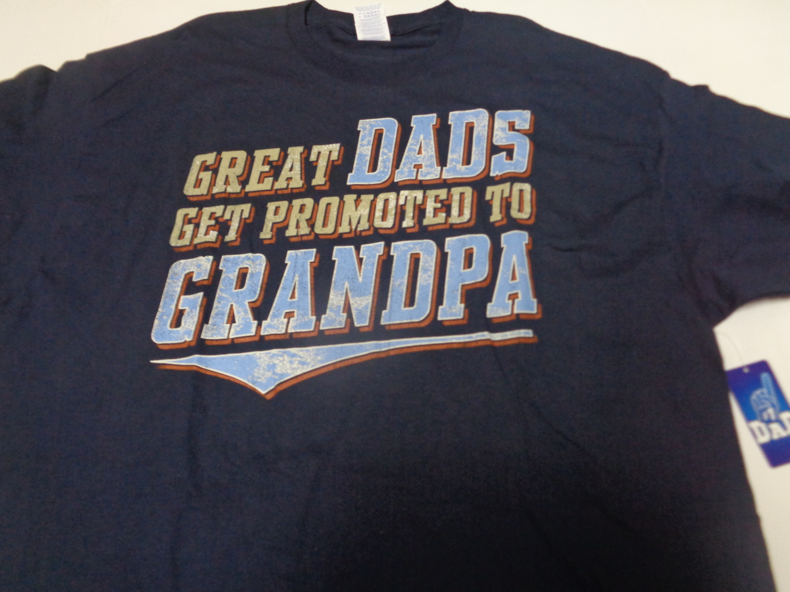 GREAT DADS GET PROMOTED TO GRANDPA NWT T-Shirt Various Sizes Gildan
