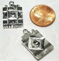 I LOVE QUILTING QUILT SQUARE FINE PEWTER PENDANT CHARM 3x23x15mm image 2