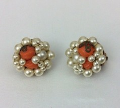 """Vintage Faux Pearl Round Clip On 1"""" Earrings Marked Hong Kong  (56) - $7.42"""