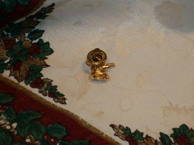 Cookie Lee Reindeer Lapel Pin - Genuine Austrian Crystal, Item #71153 - New!