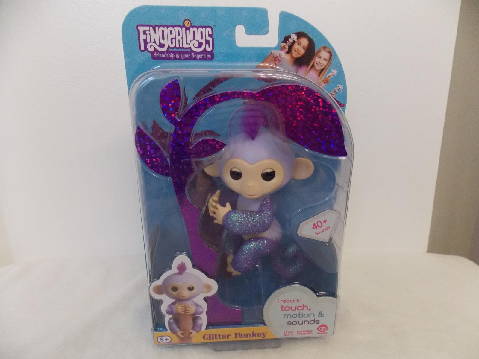 Fingerlings Glitter Kiki Interactive Monkey
