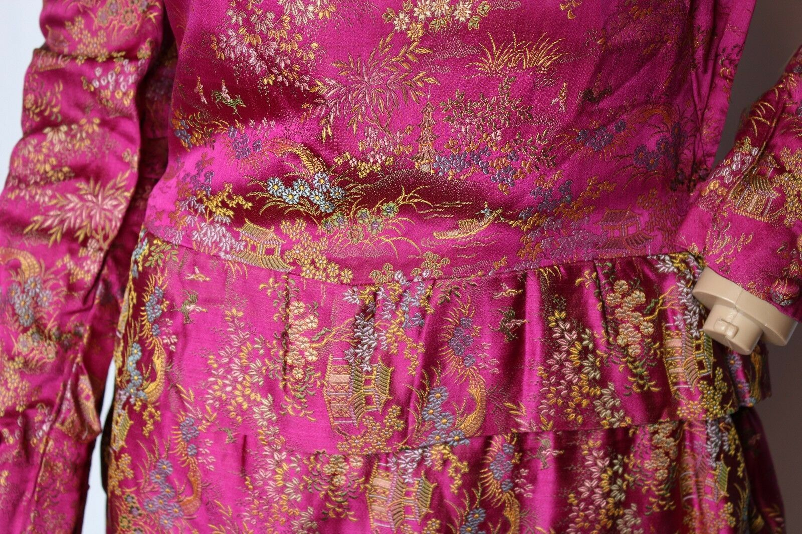 Vintage 15.2ms Soie Brillant Satin Asiatique Oriental Chinois Brocart Robe