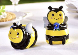 Bumble Bee Design Salt & Pepper Shakers Ceramic Black & Yellow