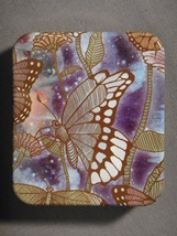 BUTTERFLIES DESIGN FASHION PILL BOX / PILL CASE NEW - $3.95