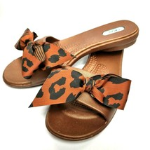 Oka B Womens Shoes Size Small Flip Flops Sandals Brown Animal Print Bow - $24.99