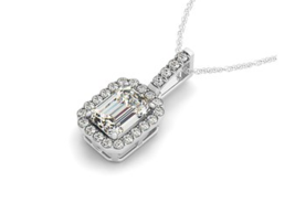Halo Pendant With Emerald Center Diamond in 14k White Gold (1 1/5 cttw) - £8,261.60 GBP