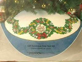 Vtg Felt Applique Christmas Tree Skirt Kit A SWEET NOEL Candy Wreath Gar... - $57.91