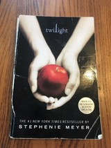 Twilight (The Twilight Saga, Book 1) by Meyer, Stephenie Ships N 24h - $17.80