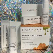 NIB FARMACY Set With Honey Potion Renewal Antioxidant Hydration Mask Full Size image 5