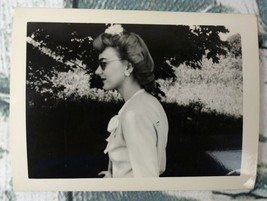 """Vintage 1930's/1940's Photograph Beautiful Woman In Sunglasses 3"""" X 4"""" - $6.99"""