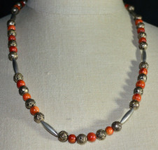 VTG Red Apple Coral Silver Tone Embossed Rose Bead Beaded Choker Necklace - $74.25