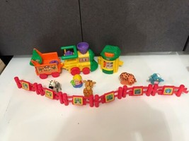 Fisher Price Little People Zoo Safari Musical Train Figures Fences Anima... - $22.72