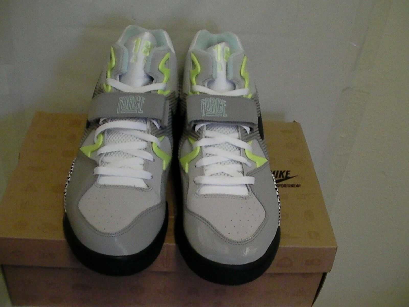 Nike men air force 180 HOH size 11.5 basketball shoes new with box