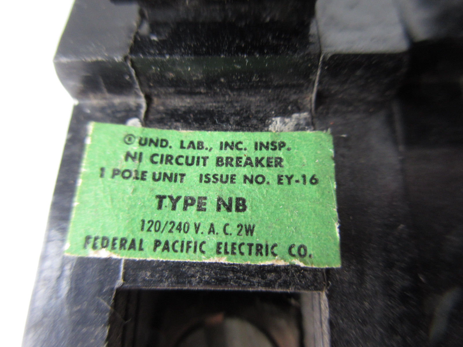 Lot Of 13 Fpe Federal Pacific Ey 16 Type Nb And 50 Similar Items About Siemens Murray Mp3030 30 Amp Single Pole Circuit Breaker 2 1 20a Breakers