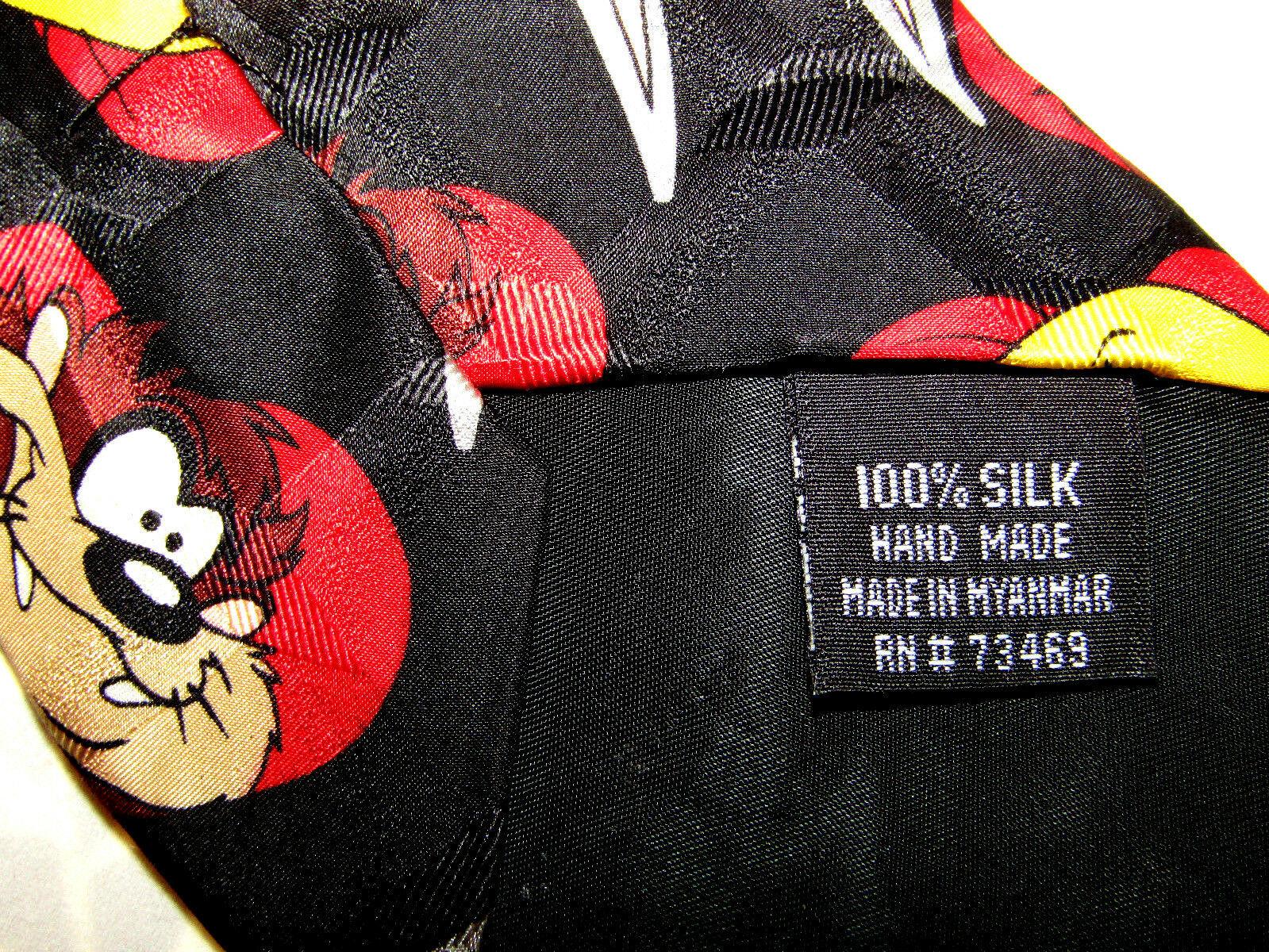 Looney Tunes 100% Silk Bugs, Taz & Tweetie Hearts Valentine Tie