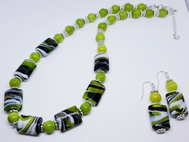 Green/Black/White Swirled Glass Beaded Duo Set - $30.00