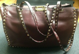 Gently Pre Owned Valentino Garavani Rockstud Medium Trapeze Burgundy Lea... - $1,250.00