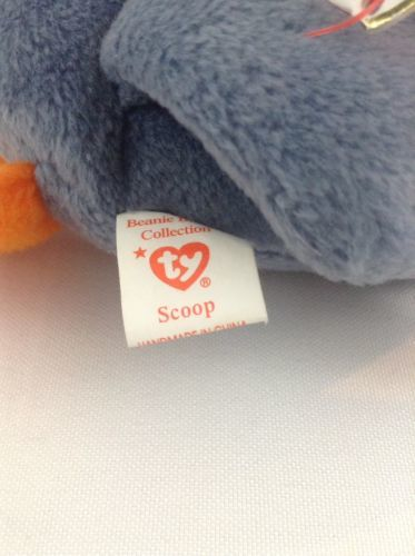 1996 Ty Beanie Baby Scoops The Pelican Stuffed Plush Animal Toy