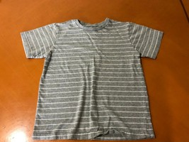 Boys Kids The Children's Place Gray Striped T-Shirt Size 5/6 100% Cotton - $3.95