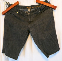 Arizona Jean Co. Super Skinny Jeans Long Shorts 19 Denim Walkng - $12.38