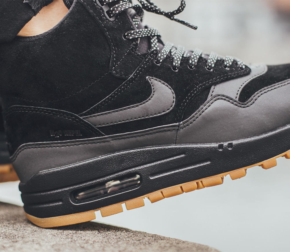 Nike Air Max 1 Mid Sneakerboot WP 685267 001 Black Grey Shoes Boots Women's 8.5