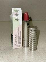 Clinique Tellement Différent Lèvres Sculptant Couleur Lèvre #17 Fraise Glace - $18.73