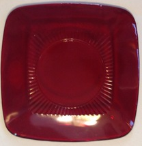 Royal Ruby Luncheon Plate Red Charm Vintage Anchor Hocking Square - $19.80