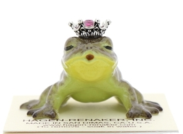 Hagen-Renaker Miniature Frog Prince Kissing Birthstone 10 October Tourmaline - $13.96