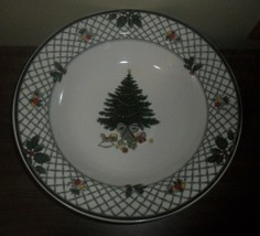 Mikasa Heritage Christmas Story ~ 10.5 Inch Round Vegetable Serving Bowl - $15.79