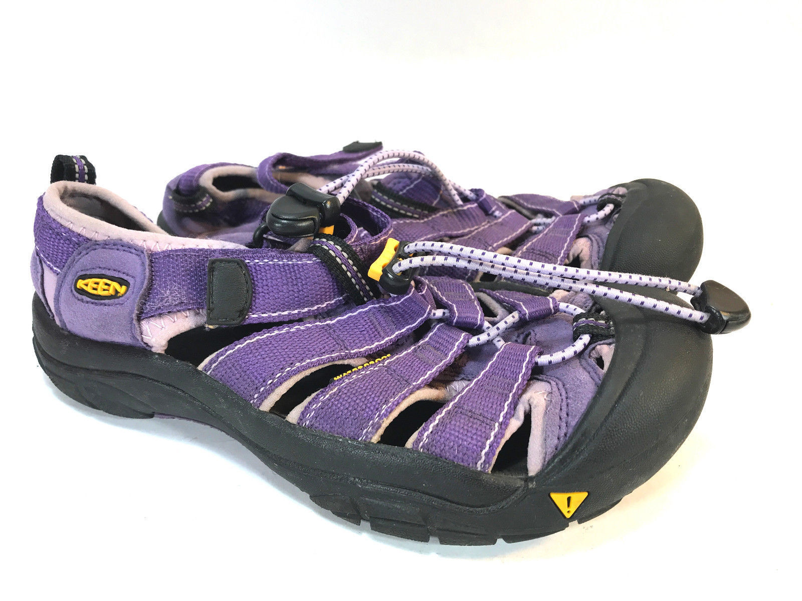 KEEN purple bumper toe nylon washable athletic sandals 4 Y 37
