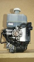 01-02 Mitsubishi Montero Limited Abs Brake Pump Assembly MR527590 MR407202 image 9