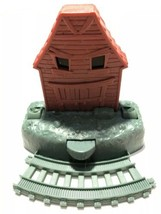 Mattel 2013 Thomas the Tank Engine Trackmaster Sodor Troublesome Traps Barn - $11.95