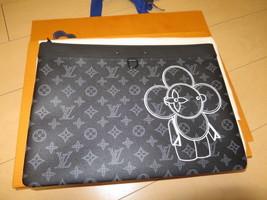 Louis Vuitton Vivienne Clutch Bag PUP UP STORE LE Pochette M62904 NEW 109 - $1,589.45