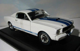 ~ 1965 Shelby Mustang GT 350-R   1:18 diecast car - Signature Series   MIB - $42.50