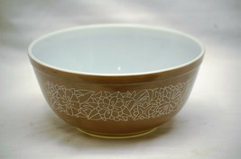Old Vintage Pyrex Woodland Mixing Bowl Brown w White Floral 2-1/2 L Kitchen Tool - $34.64