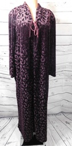 Hamilton Lingerie Solid Purple Velveteen Embossed Breakfast Gown/Robe Size: L