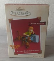 2002 Hallmark Keepsake Scooby Doo & Shaggy Wind Up Movement Ornament in Box - $7.43