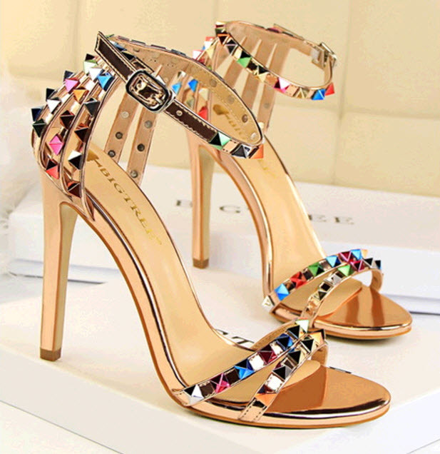 PS389 awesome ankle strappy sandals w colorful studs, size 4-8.5, nude