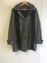 ST.JOHN'SBAY Women's Jacket with Hoodie & scarf XL Black/White Checks #J401 - $39.99