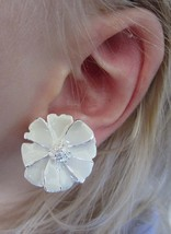 Vintage White and Silver Spring Summer Enamel Flower Clip On Earrings - $19.99