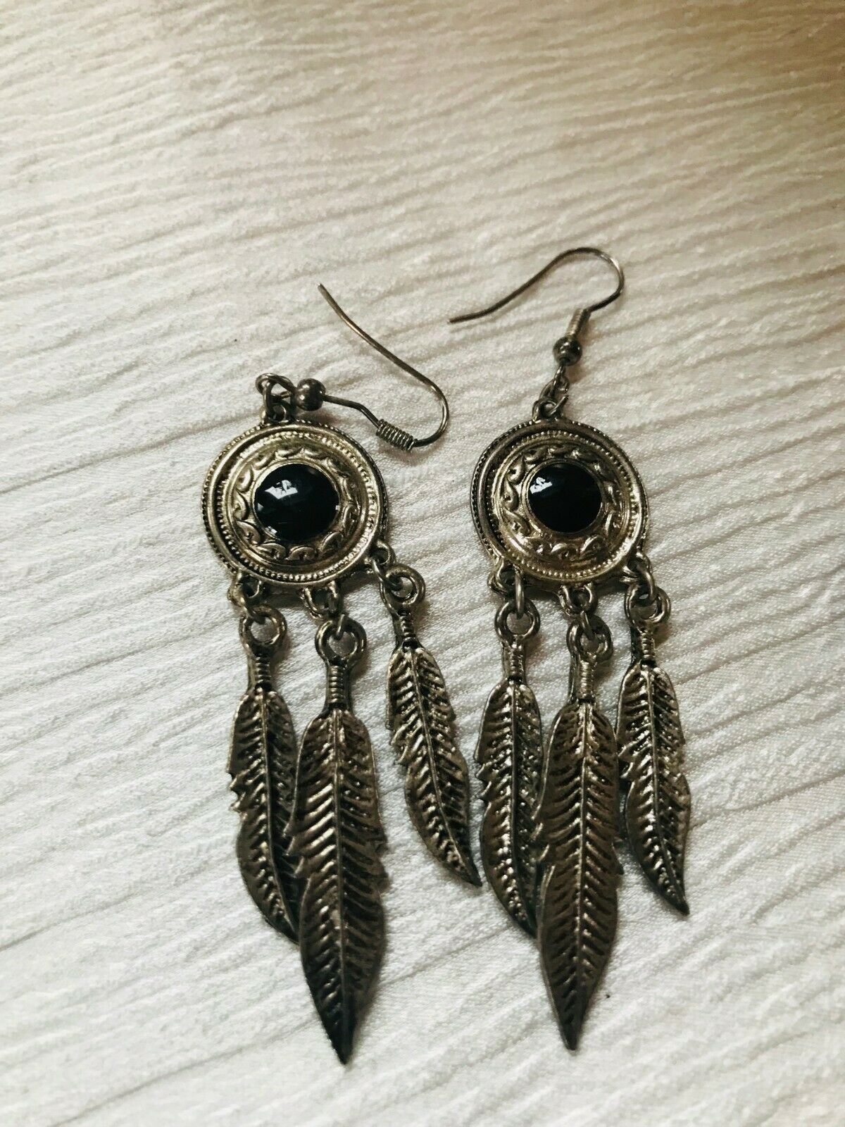 Primary image for Estate Long Silvertone w Round Black Enamel with Feather Charms Southwest Dangle