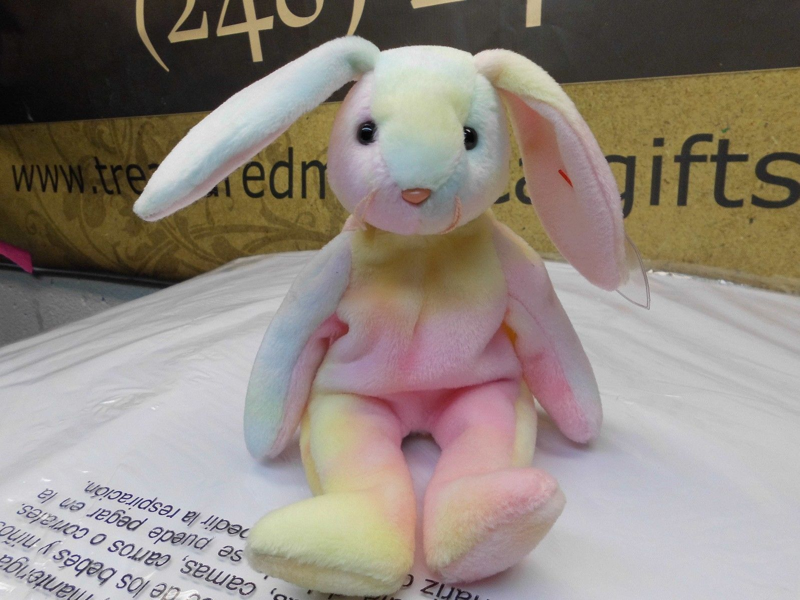 Ty Beanie Babies Hippie the Tye-Dyed Bunny