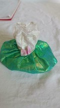 VINTAGE LUCKY LTD BARBIE DOLL SIZED METALLIC GREEN FIGURE ICE SKATING DR... - $4.94