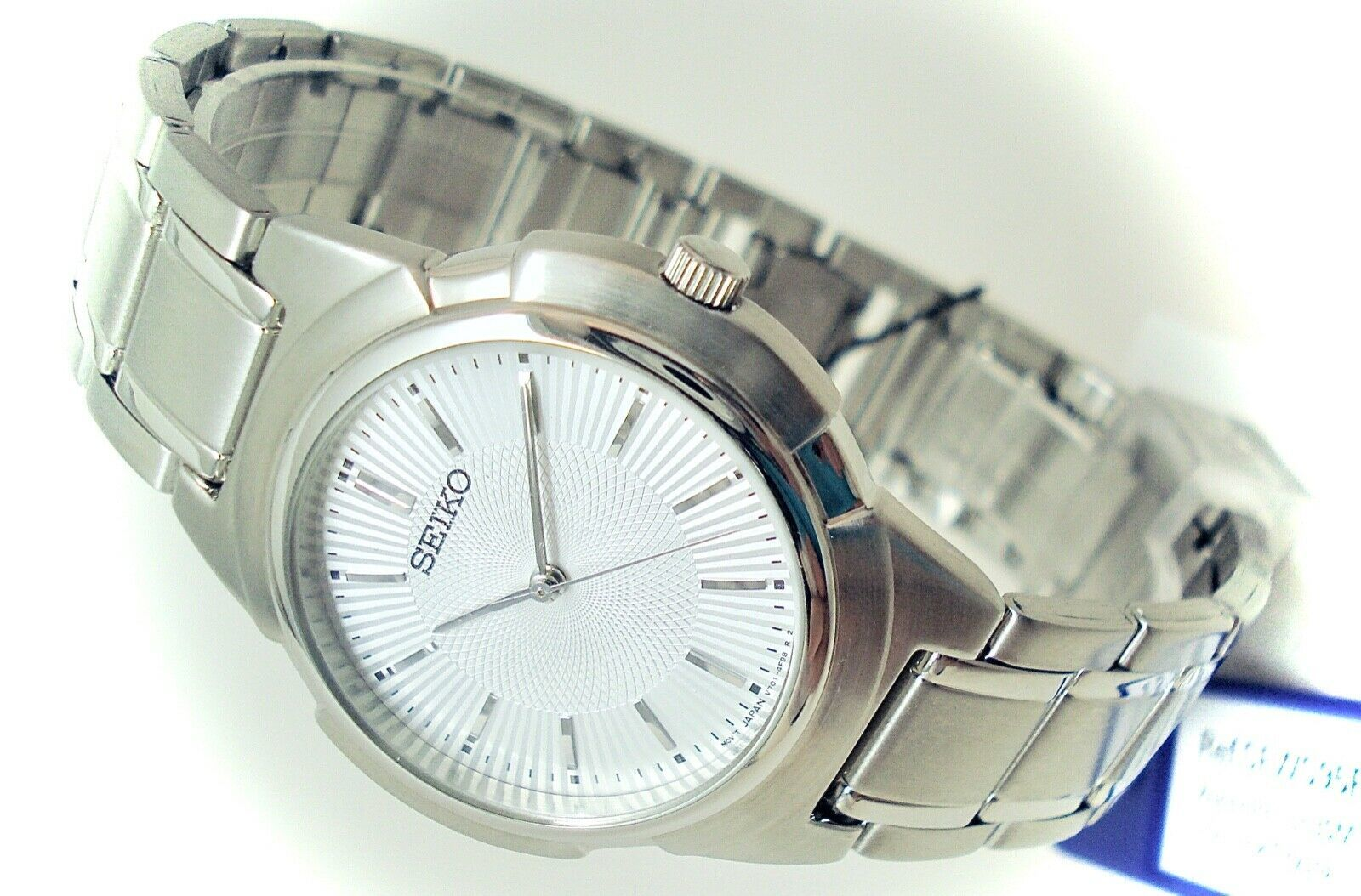 Seiko Men's Mid Size Watch Stainless Steel Band Silver Dial SFWS95P1 BRAND NEW!
