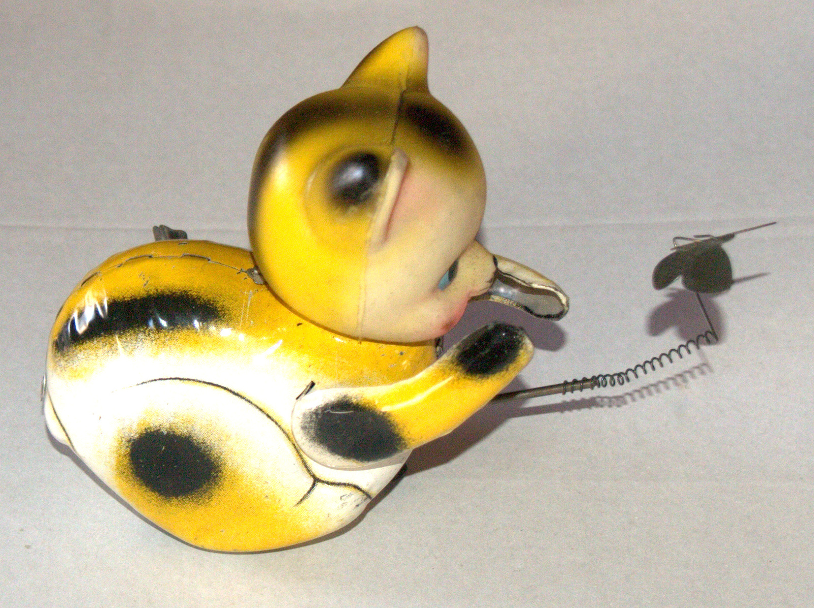 Vintage Tin Cat Butterfly Catcher Metal Toy Wind Up Spring MASUDAYA Japan 1960's
