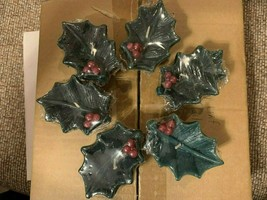 """Vintage Holly Leaf w Berries Floating Candles 2 3/4"""" Set of 6 Brand New ... - $19.99"""