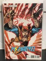Ms Marvel #20 Lady Deathstrike X-Men Trading Card Jim Lee Variant 2017 M... - $9.49